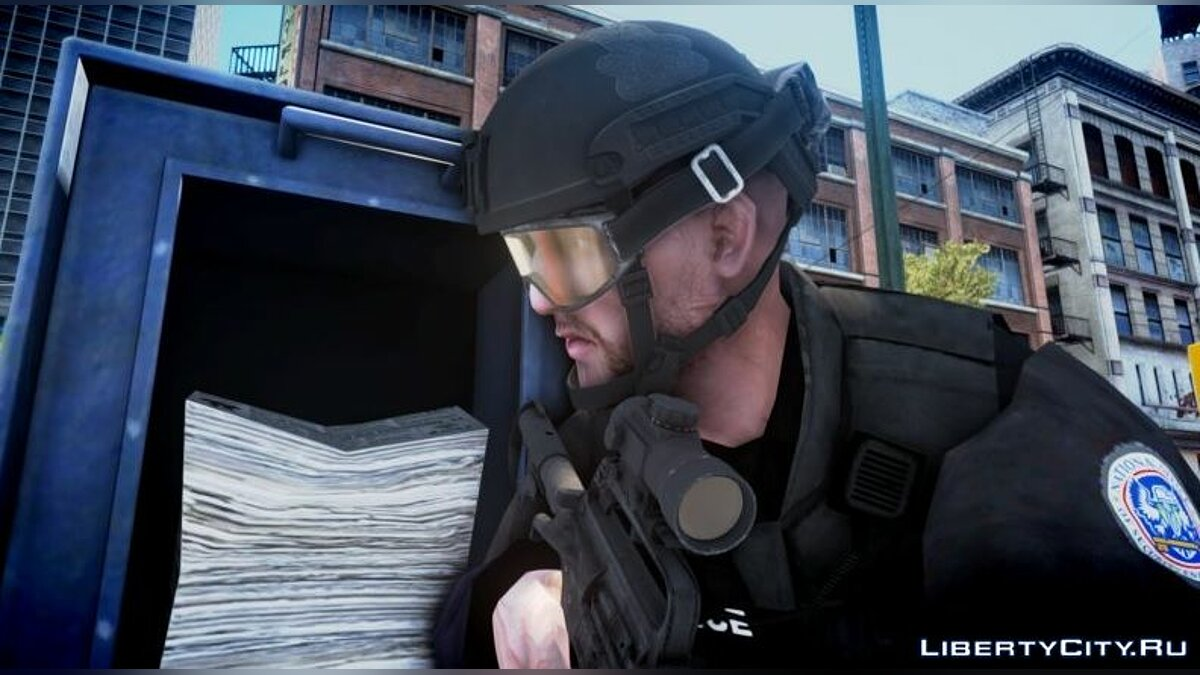 Character changing mod HD helmets for SWAT for GTA 4