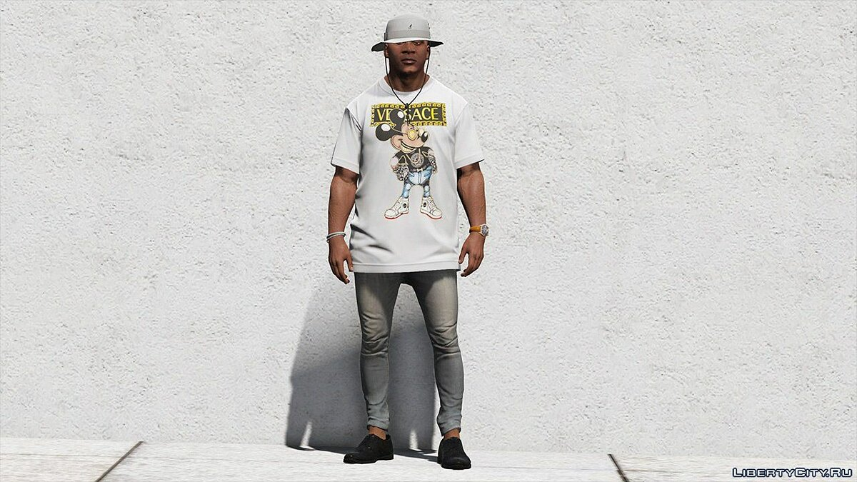 Pullovers and T-shirts T-shirt Versace for GTA 5