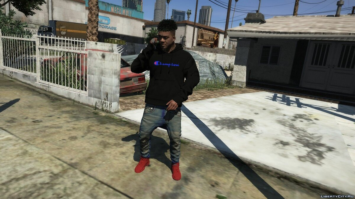Pullovers and T-shirts Пак худи Champion Script for GTA 5