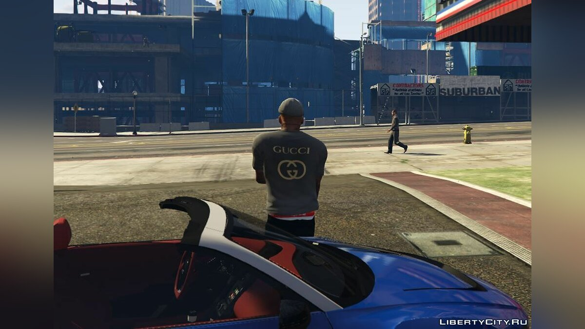 Pullovers and T-shirts Black GUCCI T-shirt for GTA 5