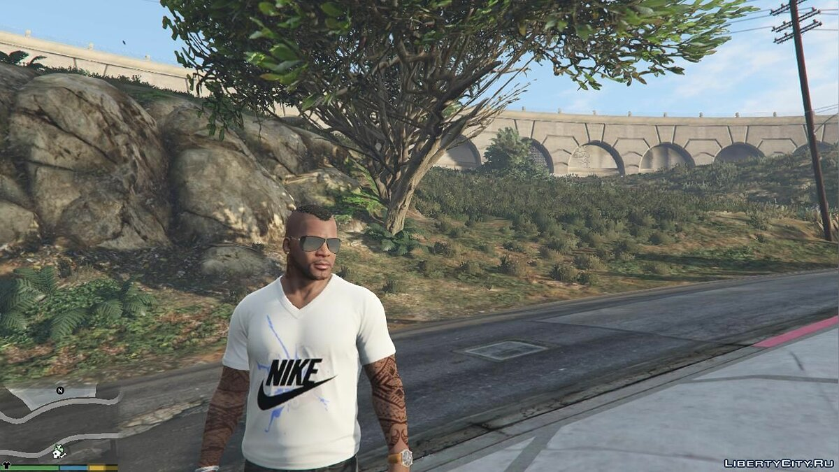 Pullovers and T-shirts Nike T-shirt for GTA 5