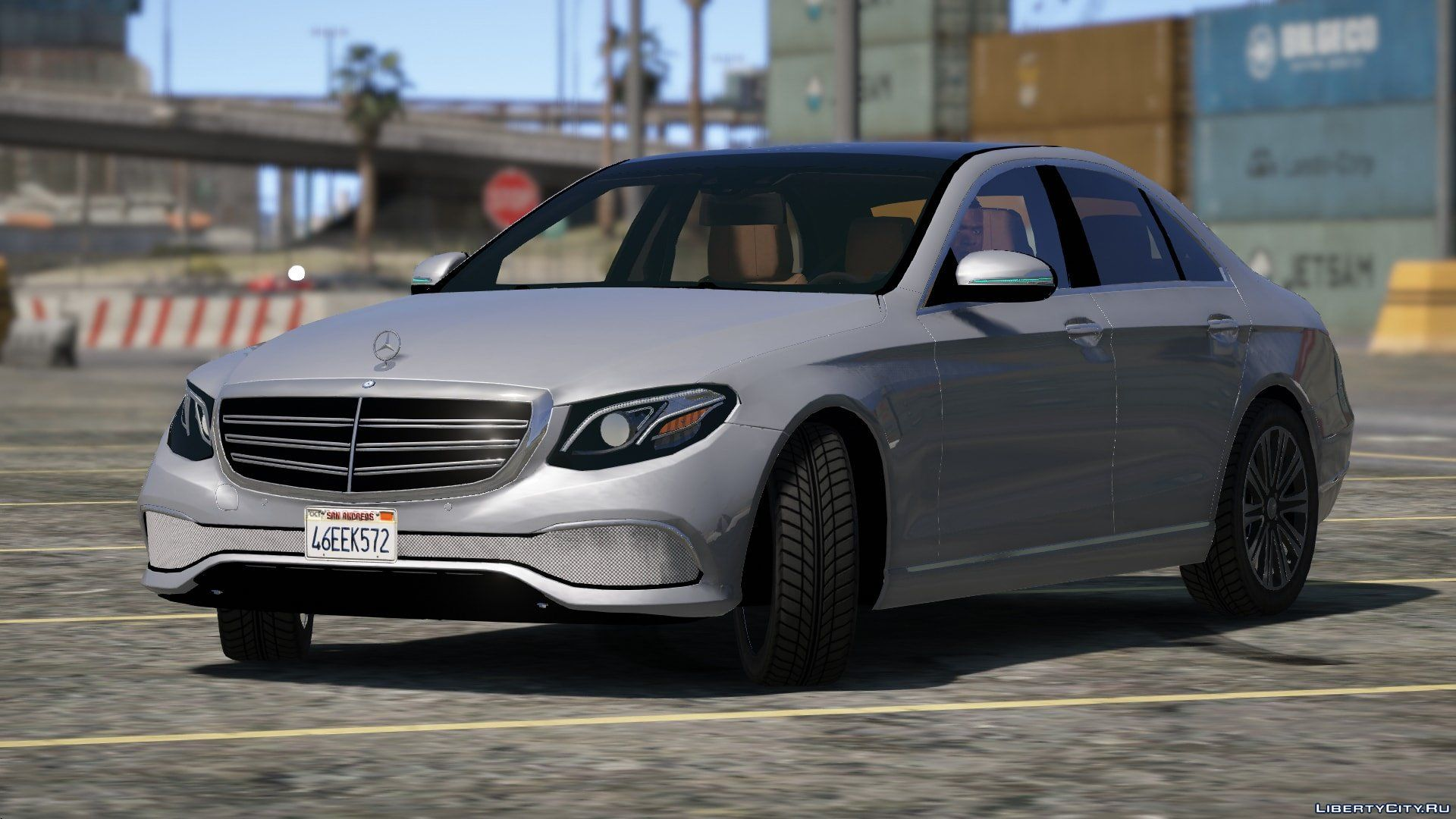 Mercedes benz e class 2015 1 0 for gta 5 for Mercedes benz gta