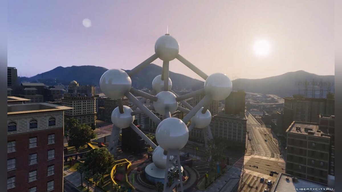 New object Custom Add-On Props (Eiffel Tower, London Eye, Atomium) 1.0 for GTA 5