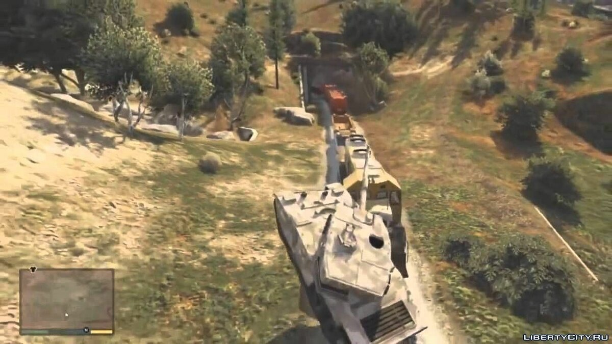 Video An attempt to stop the train in GTA 5 tanks and trucks for GTA 5