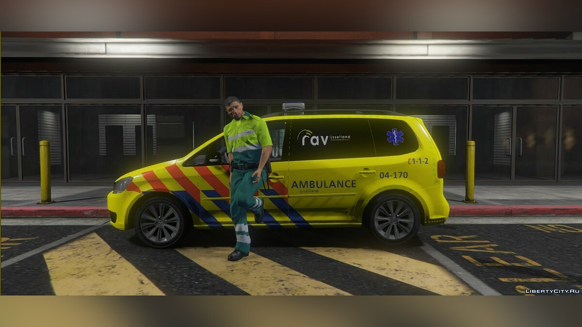Special Vehicle Volkswagen Touran 2011 Dutch MMT Ambulance [ELS / REPLACE / INTERIOR] 1.0 for GTA 5
