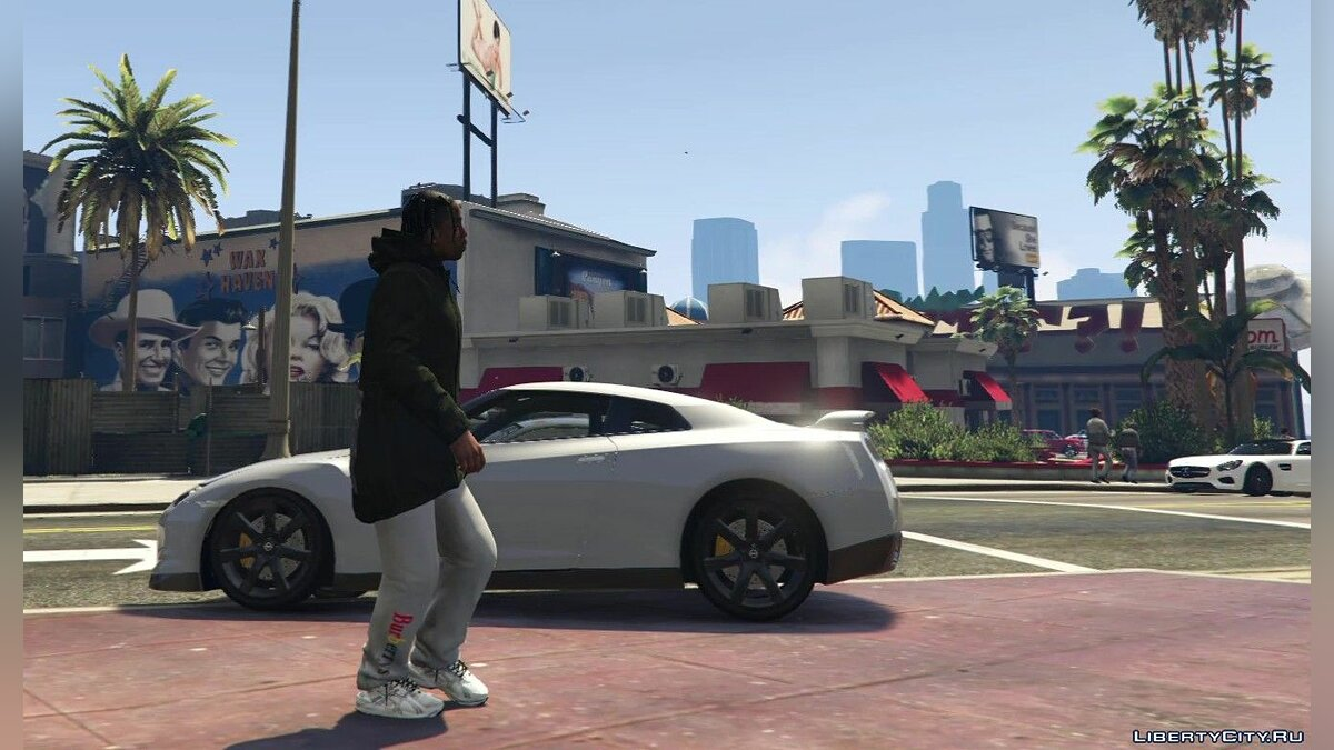 Pants and shorts DESIGNER SWEATPANTS (GUCCI OW BBBR) 1.1 for GTA 5