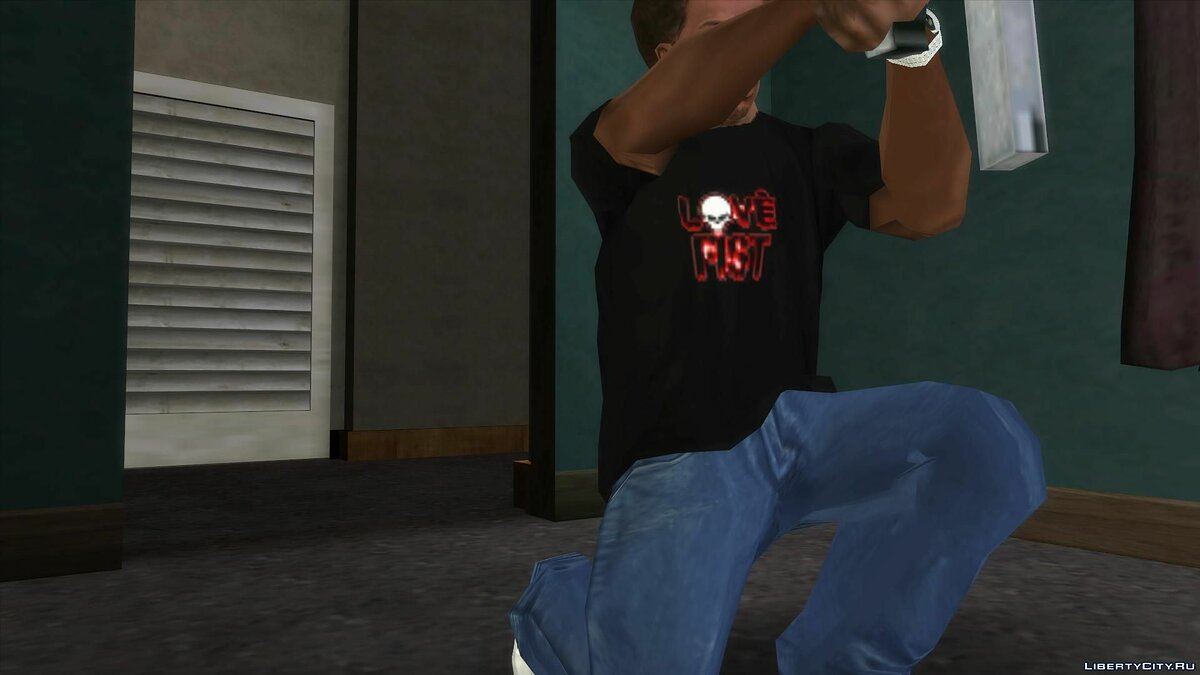 Pullovers and T-shirts Love Fist Logo T-Shirt for GTA San Andreas