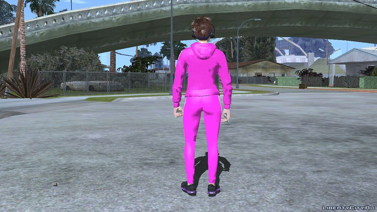 New character GTA Online girl in a pink tracksuit for GTA San Andreas (iOS, Android)