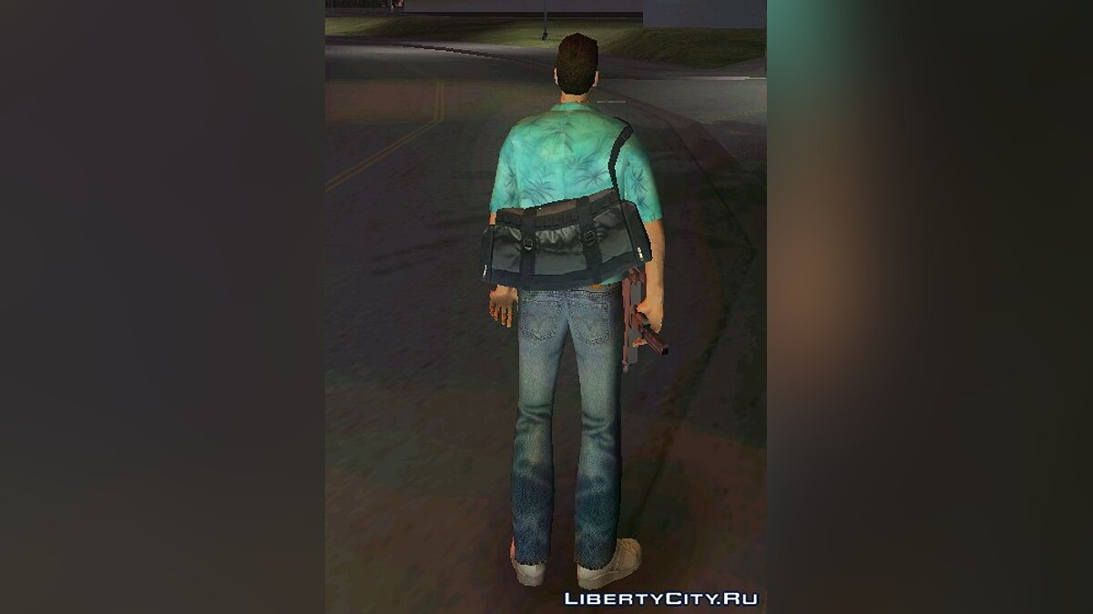 Tommy HD with bag from GTA 4 for GTA Vice City - Картинка #1